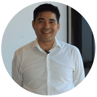 Dr. Héctor Garza